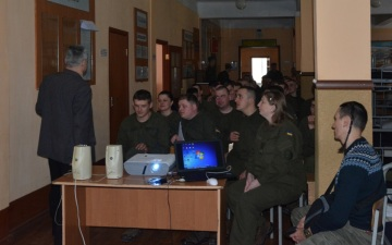 Переваги тверезості для військових Національної гвардії